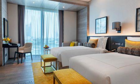 Superior Room Twin Bed - Taj Jumeirah Lakes Towers - Dubai