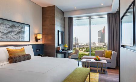 Junior Suite Without Balcony - Taj Jumeirah Lakes Towers - Dubai