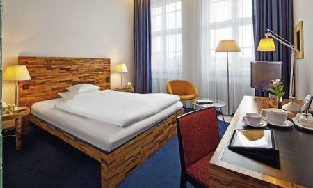 Classic King Room - Movenpick Hotel Berlin - Berlin
