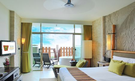 Deluxe Spa Ocean Facing King - Centara Grand Mirage Beach Resort Pattaya - Pattaya