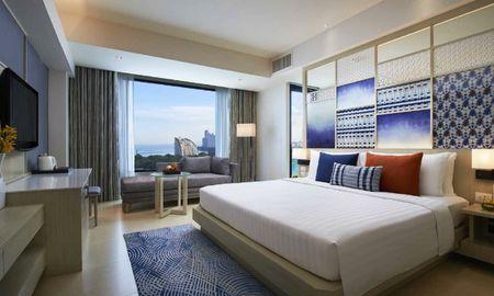 Deluxe Ocean View King - Amari Pattaya - Pattaya