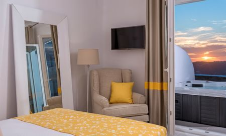 Junior Suite con Jacuzzi esterna - Vista Mare - Colours Of Mykonos Luxury Residences & Suites - Mykonos