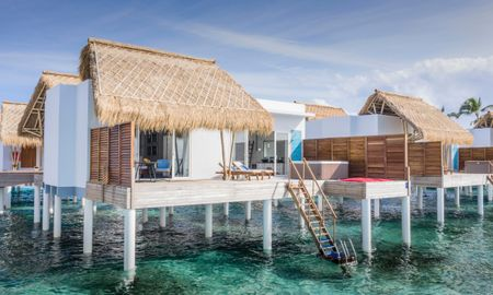 Jacuzzi Water Villa - Emerald Maldives Resort - Maldives