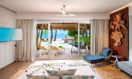Jacuzzi Beach Villa - Emerald Maldives Resort - Maldives
