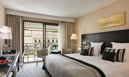 Superior Room City View With Terrace - Hôtel Barrière Le Gray D'Albion Cannes - Cannes