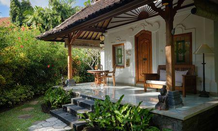 Bungalow Familial - Tandjung Sari Hotel - Bali