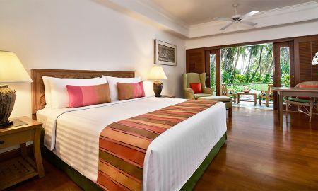 Садовая терраса - Anantara Siam Bangkok Hotel - Bangkok