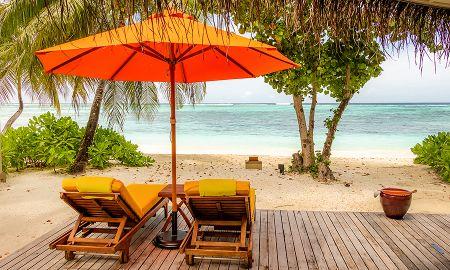 Beachfront Villa - Angsana Velavaru - Maldives