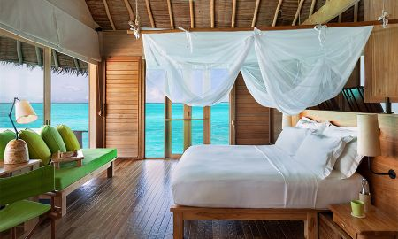 Laamu water Villa with Pool - Six Senses Laamu - Maldives