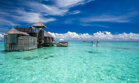 Вид на остров резиденции Крузо - Gili Lankanfushi Maldives - Maldives