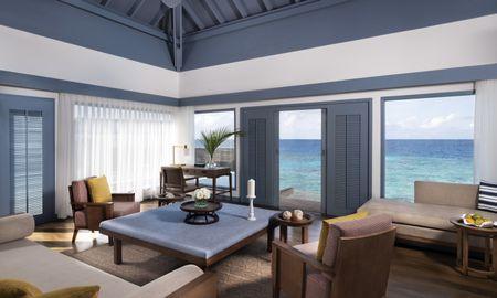 Villa sobre a Água - Raffles Maldives Meradhoo Resort - Maldivas