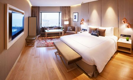 Habitación Luxury King Bed - Con Vista Mar - Taj Lands End - Mumbai