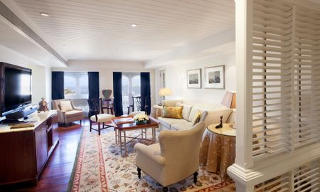 Luxury Grande Suite King Bed - Sea View - The Taj Mahal Palace Mumbai - Mumbai