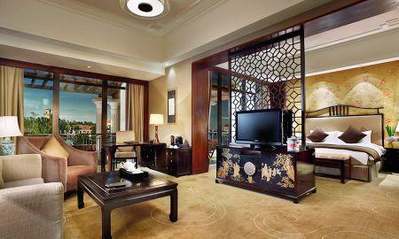 Luxury Club Millesime - Sofitel Shanghai Sheshan Oriental - Shanghai
