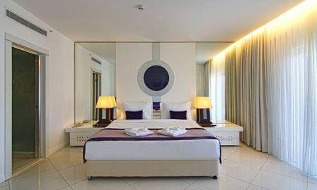 Suite Deluxe con Terraza - Baia Bodrum Hotel - All Inclusive - Bodrum