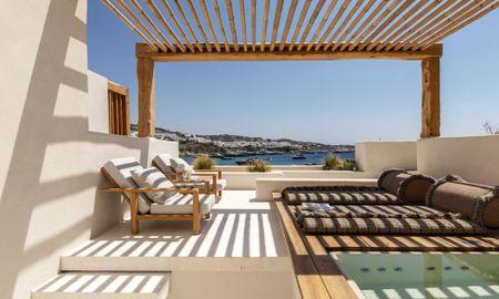 Полулюкс с видом на море и гидромассажной ванной на открытом воздухе - Kensho Psarou - Mykonos