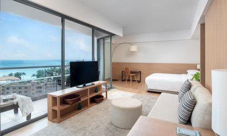 Suite Premium Vista Mare - The Andaman Beach Hotel Phuket - Phuket