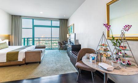 Habitación Club Vista al Rio con Desayuno y Beneficios del Club - Chatrium Hotel Riverside Bangkok - Bangkok