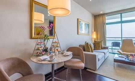 Habitación Club 1 Dormitorio con Vista a la Ciudad con Desayuno y Beneficios del Club - Chatrium Hotel Riverside Bangkok - Bangkok