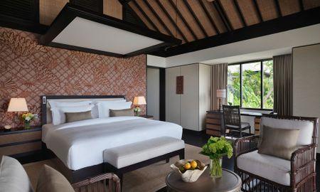 Villa en Haut de la Colline avec Piscine et Vue sur l'Océan - Raffles Bali - Bali