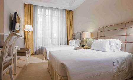 Suite Junior - Acceso gratuito al spa - Golden Tower Hotel & Spa - Toscana