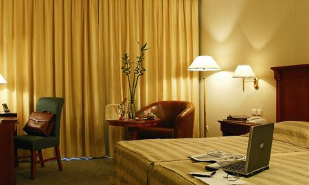 Standard Room - Lake View - Concorde Les Berges Du Lac - Tunis