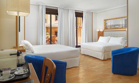 Family Room - 2 adults + 2 children - H10 Corregidor Boutique Hotel - Seville