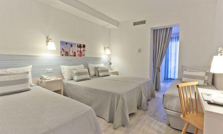Chambre Familiale (2+2) - Hotel Pineda Splash - Barcelone