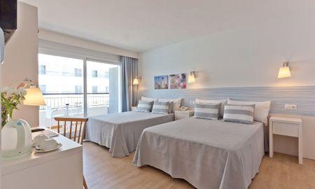 Chambre Quadruple (2+2) - Hotel Pineda Splash - Barcelone
