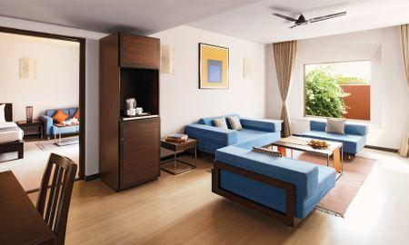 Family Suite King Bed Sea View - Cidade De Goa - IHCL SeleQtions - Goa
