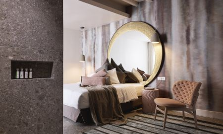 Elegant Quadruple Suite - Sharing Pool - Amazon Mykonos Resort - Mykonos