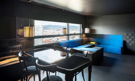 SO BLACK SUITE, 1 lit king, Danube Canal View - Hotel Sofitel Vienna Stephansdom - Vienne