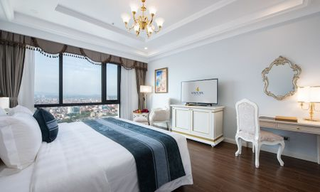 Deluxe King Zimmer - Stadtblick - Vinpearl Hotel Tay Ninh - Tây Ninh