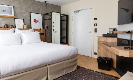 Superior Triple Room - Maison Mére Paris - Paris