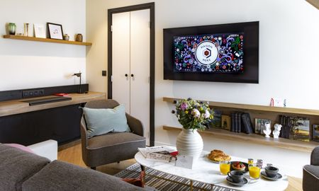 Reine Mére Suite - Maison Mére Paris - Paris