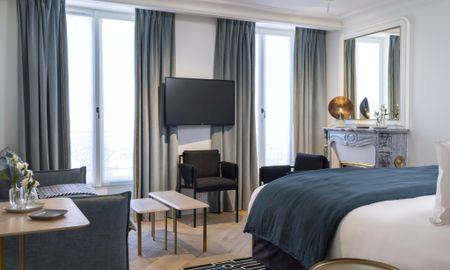 Chambre Prestige Triple - HôtelLouvre Montana - Paris