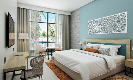 Mirage Superior room Sea view with Bunk beds - Centara Mirage Beach Resort Dubai - Dubai