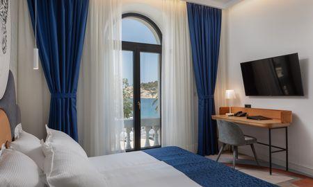 Улучшенный двухместный номер с боковым видом на море - Heritage Hotel Porin Makarska - Макарска