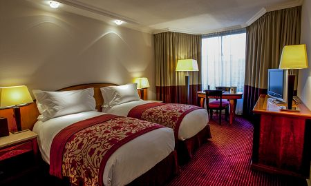 Quarto Superior Twin com Vista da Cidade - Sofitel Budapest Chain Bridge - Budapeste