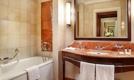 Suite Deluxe con Acesso Spa - Corinthia Hotel Budapest - Budapest