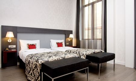 Chambre Supérieure avec Lit d'appoint - Hotel Palazzo Zichy Budapest - Budapest