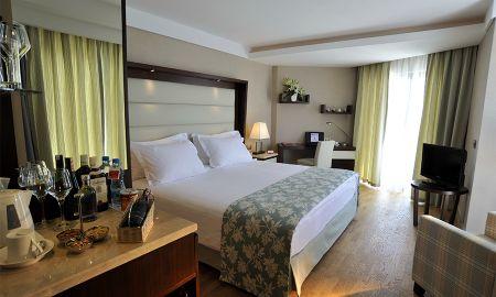 Camera Tripla Deluxe - Vista Mare Partziale - Ramada Plaza Antalya - Antalya