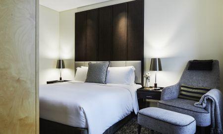 Suite Junior con salón independiente y Vista Ciudad - Sofitel Sydney Wentworth - Sídney