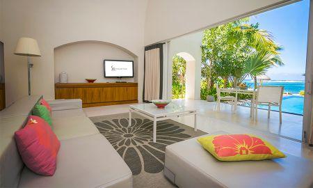 Beach Suite con 2 dormitorios, sala de estar , jardín privado , una gran piscina y vistas al mar - SO Sofitel Mauritius - Isla De Mauricio