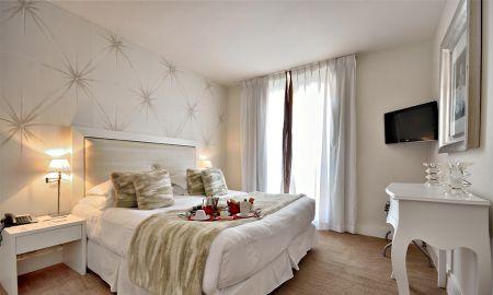 Suite Junior - Hotel Renoir - Cannes
