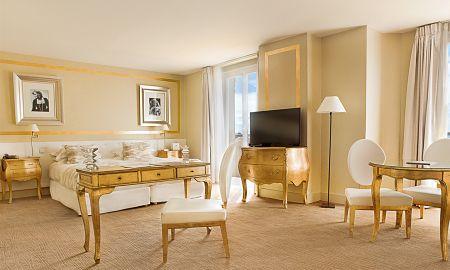 Suite De Luxo - Hotel Renoir - Cannes