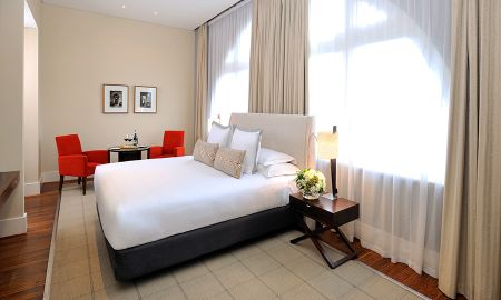 Deluxe King Room With City View - Hotel Lindrum Melbourne - MGallery By Sofitel - Melbourne