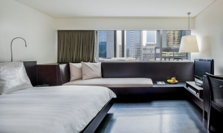 City Room - COMO Metropolitan Bangkok - Bangkok