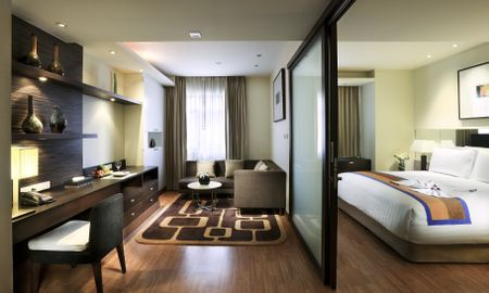 Deluxe Suite with 1 Kingsize bed and Sofa - Grand Sukhumvit Hotel Bangkok - Managed By Accor - Bangkok