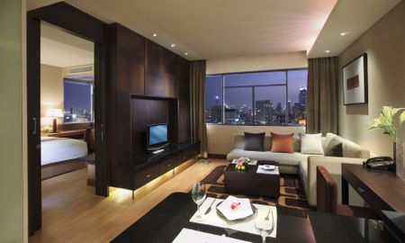 Deluxe Suite with 2 single beds and Sofa - Grand Sukhumvit Hotel Bangkok - Managed By Accor - Bangkok